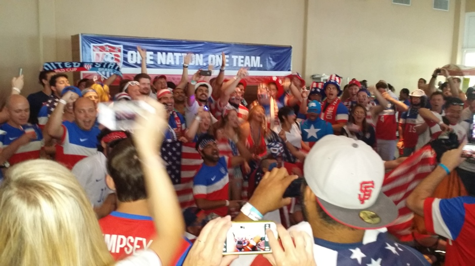 Americans supporters in Salvador before the Belgium match